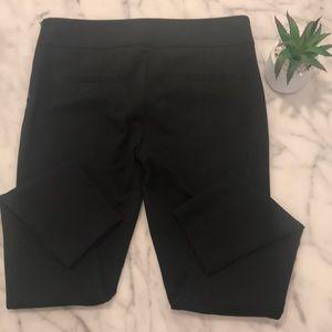 NWT Ann Taylor black size 6 side zipper legging.